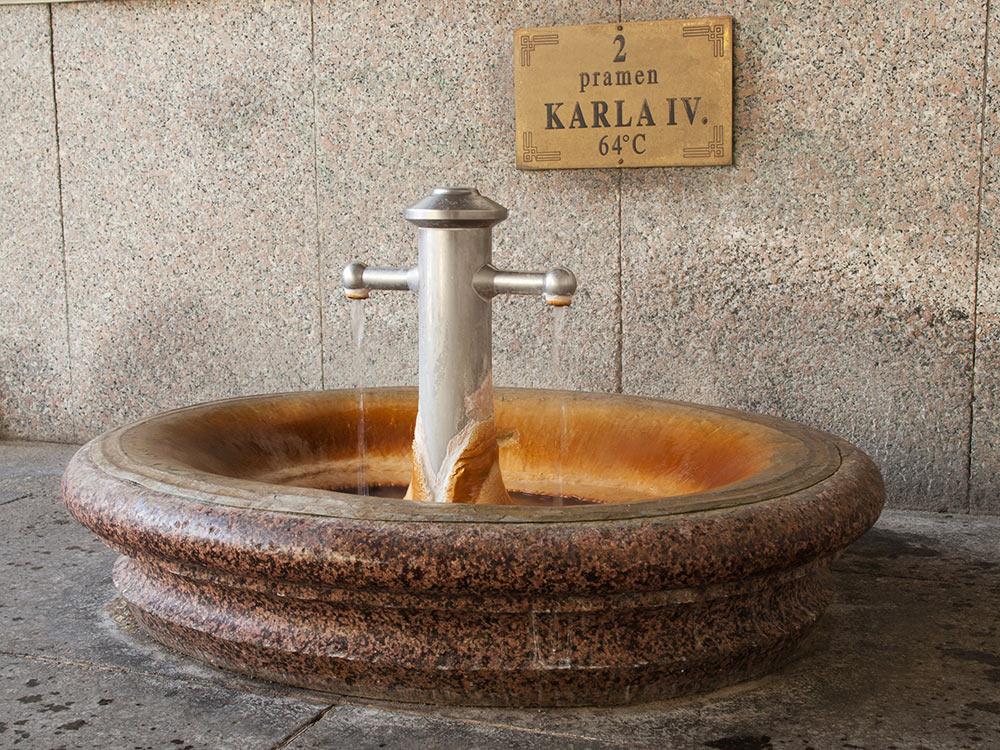 Минеральняа вода